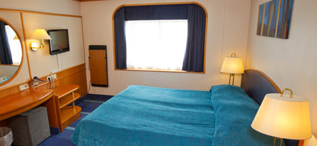Ship Symphony cabin deluxe 445x205